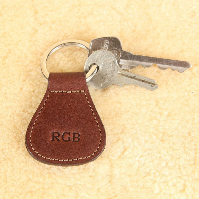 no5 vintage brown key ring with personalization stamp and keys