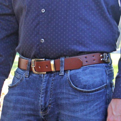 Man wearing No. 4 Belt in Vintage Brown